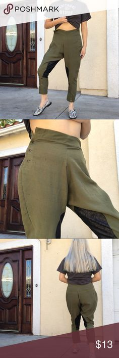 """Olive green riding pants Olive green riding pants 😍 Missing a button at the top. Brand is Myne by Ashley Ann No size on this piece  Some pilling on the pants but that's only cause of the material (there is no label with the listed materials on this piece but it feels similar to linen) Very small mark on the on the pants which should come off in the  wash Waist is 30"""" Hips are 40"""" Rise is 13"""" Inseam is 23.2"""" Length of leg is 35""""  PLEASE DO NOT ASK ME FOR A TRY ON IF ONE WAS NOT PROVIDED  ‼️…"""