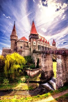 Corvin - a century Gothic castle in Transylvania by Florin Ihora on Burg Hunedoara in Rumänien Places Around The World, The Places Youll Go, Places To See, Around The Worlds, Vila Medieval, Chateau Medieval, Beautiful Castles, Beautiful World, Beautiful Places