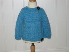 STRIKKET GENSER  CA 1 ÅR Turtle Neck, Knitting, Sweaters, Handmade, Fashion, Moda, Hand Made, Tricot, Fashion Styles