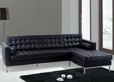 Black Sofas of Modern Look in a Living Room : Modern Black Leather Sectional Sofa