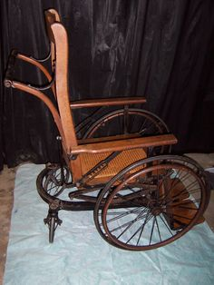 Wooden Wheelchair-this looks horribly uncomfortable.