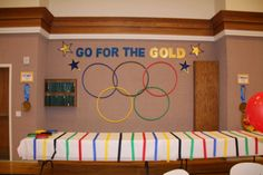 Go For the Gold - Olympic Themed Blue and Gold Banquet Olympic Idea, Olympic Games, Olympia, Senior Olympics, Special Olympics, Winter Olympics, Going For Gold, Cub Scouts, Wolf Scouts