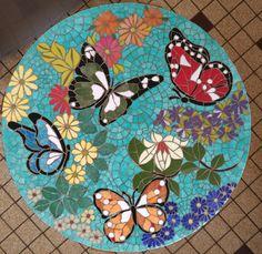Mosaic Garden Art, Mosaic Wall Art, Mosaic Diy, Mosaic Crafts, Tile Art, Mosaic Glass, Mosaic Tiles, Mosaics, Mosaic Designs