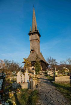 The Unesco World Heritage wooden churches in Maramures, Romania, via Travel Tours, Shopping Travel, Travel Europe, Budget Travel, Visit Romania, Romania Travel, Building Stone, Central And Eastern Europe, Beach Trip