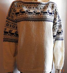 Reinsdyrgenseren Annas hobbyrom - www.annaingeborg.com Christmas Knitting, Mittens, Knit Crochet, Anna, Men Sweater, Blouse, Sweaters, Tops, Women
