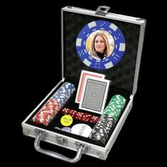 Custom Made Casino provide photho custom poker chips sets online at very reasonable price. For more information visit: http://custommadecasino.com/Custom-Poker-Chip-Sets/Photo-Custom-Poker-Chip-Sets/100-Photo-Poker-Chip-Set