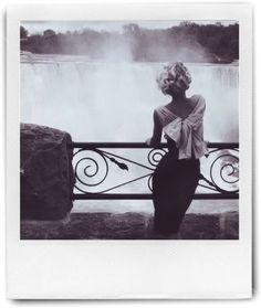 Super moño, Inpiración Marilyn <3 Niagara Falls ... love this elegant and sexy 50s look! ...