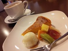 cafe restaurant R