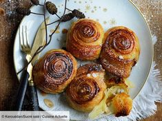 Ingredients people): Flour: 400 g, Melted sweet butter: 50 g, Powdered sugar: 30 g … – Discover all our meal ideas and recipes on Current Cuisine Brioche Recipe, Sweet Butter, Paleo Meal Plan, Foie Gras, Breakfast For Dinner, French Food, Paleo Recipes, Doughnut, Meal Planning