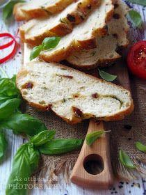Az otthon ízei: Szicíliai kenyér (Pane Siciliano) Camembert Cheese, Dairy, Chicken, Food, Essen, Meals, Yemek, Eten, Cubs