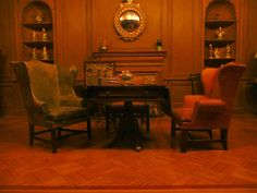 Dollhouse Library or Study by Jack English, via Flickr {Smaller Shelving}