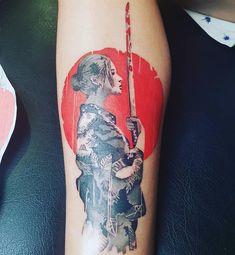 Gueixa tattoo  #bykiko Orion Tattoo, Rune Tattoo, Geisha Tattoo Design, Tattoo Design Drawings, Cyberpunk Tattoo, Japanese Tattoo Designs, Oriental Tattoo, Body Mods, Back Tattoo