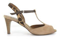 Progetto C544  http://www.shoeclub.nl/damesschoenen/sandalen/progetto/beige/c544/1510.37.7/