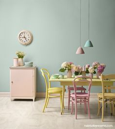 1950s: Pretty in pastel   Colour from yesterday, for today