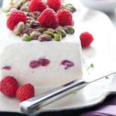 food   desert :: on Pinterest   Panna Cotta, Pavlova and Meringue