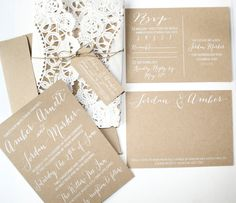 Rustic Kraft Paper Doily Invitations por elizabethknick en Etsy, $3.50