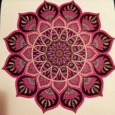 Mandala with stabilo pen 68 Mandala Design, Mandala Pattern, Zentangle Patterns, Zentangles, Mandala Drawing, Mandala Painting, Mandala Tattoo, Yin Yang, Tattoo Painting