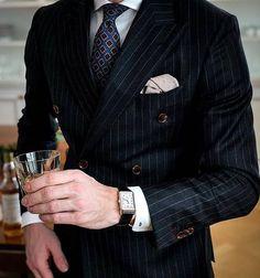 Heatism — D&G Alta Moda 2019 Menswear Inspired by the. Mens Fashion Suits, Mens Suits, Estilo Cool, Best Street Style, Designer Suits For Men, Black Suits, Gentleman Style, Dapper Gentleman, Suit And Tie