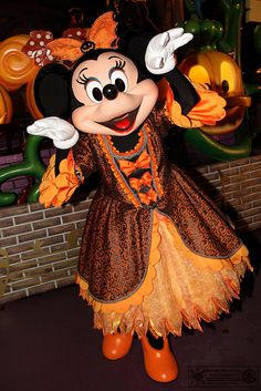 Minnie's halloween costume