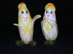 VINTAGE. & UNUSUAL ANTHROPOMORPHIC CORN ON A COB SHAKERS (1) in Collectibles, Decorative Collectibles, Salt & Pepper Shakers | eBay