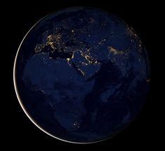 WIRED.jp 世界最強の「テクノ」ジャーナリズム - 衛星がとらえた夜の地球:ギャラリー