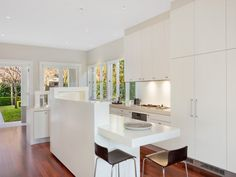 Manly, NSW Sales Agent - Richard Davies Red Property - Manly 02 9977 7533 #houseoftheday #homedesign #homeinspo #houseinspo #kitchens #kitchen #kitcheninspo #kitchenstyle #kitchendesign