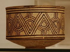 Bronze Age Civilization, Indus Valley Civilization, Ancient Egyptian Art, Ancient Aliens, Ancient Greece, Ancient History, Harappan, Mohenjo Daro, Pottery Designs