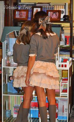 Vistiendo a tres. Little Girl Fashion, Boy Fashion, Girl Closet, Kid Styles, Modern Fashion, Kids Wear, Pretty Outfits, Baby Kids, Kids Outfits