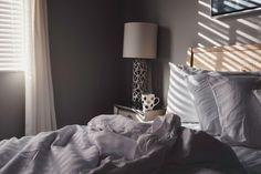 Best mattress store - bed and bed frame Bedroom Night, Cozy Bedroom, Bedroom Decor, Feng Shui Your Bedroom, Sleep Specialist, How To Calm Nerves, Bed Rest, Sleep Problems, Best Mattress