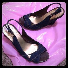 ‼️FLASH SALE‼️ Guess Jean Shoes Cute & Comfortable‼️ Guess Shoes
