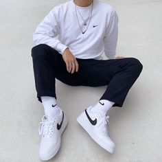 T Shirt Streetwear, Style Streetwear, Streetwear Fashion, Winter Outfits Men, Stylish Mens Outfits, Casual Summer Outfits, Casual Wear, Nike Outfits, Travel