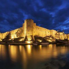 Kyrenia Castle, #Northern #Cyprus, #north #kyrenia #night #hour #tower #travel #turkish #fort #ship #old #northern #cyprus #wall #architecture #girne #bay #tourism #mediterranean #sea #harbour #island #medieval #destination #coast #seaside #landmark #holiday #castle #port https://www.vacasol.co.uk/villas-cyprus.html