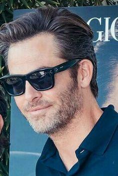 Chris Pibe, sunglasses