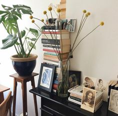 Image shared by thevanishingocean. Find images and videos about book, room and interior on We Heart It - the app to get lost in what you love. Room Goals, Interior Decorating, Interior Design, House Rooms, My Room, Decoration, Interior And Exterior, Living Spaces, Sweet Home