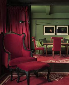 Red Chair Green Room Design Hotel Walls A New York