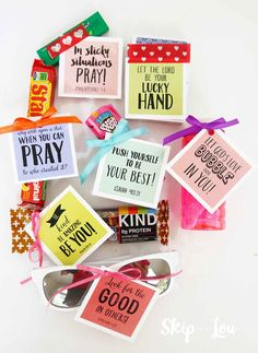 Summer Camp Care Package Idea {FREE printable tags} My little girl should be receiving this summer camp care package while at a sleep-away . Camping 3, Camping Gifts, Camping Outfits, Camping Ideas, Camping Places, Camping Stuff, Camping Essentials, Girls Camp Gifts, Baptism Gifts For Boys