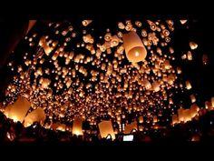 """Loy Krathong / Yi Peng Festival"" (Floating Lanterns Festival) @ Chiang Mai, Thailand"