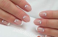 60 Stunning minimal French Nail Art designs that are stylish yet sophisticated - Hello my page Shellac Nails, Diy Nails, Cute Nails, Pretty Nails, Acrylic Nails, Nail Polish, French Nail Art, French Tip Nails, Bridal Nails
