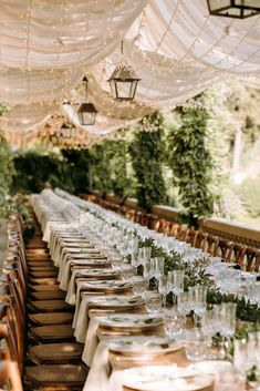 Tree Wedding, Wedding Bells, Our Wedding, Wedding Bride, Bride Groom, Wedding Cake, Lace Bride, Tuscan Wedding, Chic Wedding