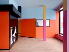 """Housing: Kindergarden """"Kinderkrippe Gummibärli"""", Langhaus James, Zürich-Albisrieden, 2008, Patrick Gmür Architekten"""