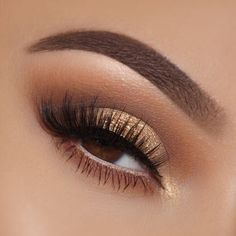 24 Sexy Eye Makeup Looks Give Your Eyes Some Serious Pop - light brown and golde. - 24 Sexy Eye Makeup Looks Give Your Eyes Some Serious Pop – light brown and golden eye makeup - Golden Eye Makeup, Sexy Eye Makeup, Pink Eye Makeup, Makeup Eye Looks, Eye Makeup Art, Natural Eye Makeup, Eye Makeup Tips, Cute Makeup, Eyeshadow Makeup