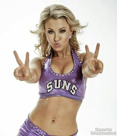 Phoenix Suns Dancer Ariel Gets Her SI Cheerleader of the Week Feature