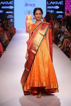 "Lakmé Fashion Week – Gaurang Shah's ""Samyukta"" Collection For Lakmé Fashion Week Winter/Festive 2015 Was A Stunning Textile Revival"