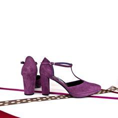 #Zapatos #plataforma #online. #WideHeels. Zapatos rojos. Zapatos nude. #Zapatosnovia. Zapatos fucsia. Envíos a #Madrid y resto de #España en 7 días. #SHOES #Zapatos #Oinetakoak #Sabates #Schuhe #Scarpe #Chaussures