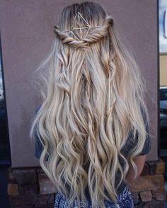 Half Up Half Down Hairstyles 18