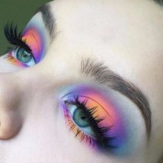 Breathtaking 35 Ideas On Simple Eye Makeup For Women All Age http://outfital.com/2018/12/26/35-ideas-on-simple-eye-makeup-for-women-all-age/ Pretty Makeup, Makeup Eye Looks, Can Makeup, Bright Eye Makeup, Shimmer Eye Makeup, Makeup Geek, Makeup Remover, Makeup Brushes, Makeup Inspo