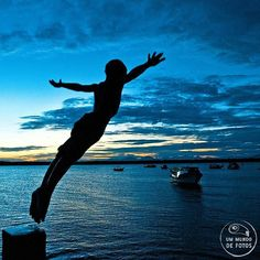 Bora ser feliz?! ❤❤ Menino na Ilha de Superagui - PR - Brasil  #boraserfeliz #superagui #brazil #brazilpeople #native #criança #photography #photolovers #photoinsta #worldphoto #sejoga #permita-se #paraná #PR #natureza #wildandfree #theplaiedzebra #neverstopexploring #knowmadmag #destinationearth #speaking_world #worldcaptures #visualsgang #igrecommend #nature_wizards #show_us_nature #worldcaptures #ilhadesuperagui #ilha