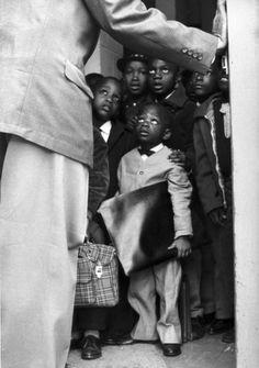 Gordon Parks Black Muslim School Children in Chicago, Chicago, IL, 1963 Chicago Photography, Park Photography, Photography Contests, Photography Outfits, People Photography, Landscape Photography, Portrait Photography, Nature Photography, Travel Photography