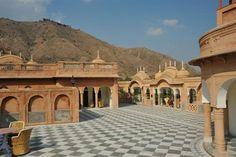 http://www.royalrajasthantrip.com/jaipur-tours.html