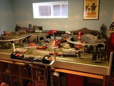 For some people, collecting toy trains isn't just another hobby or interest; The concept of collecting toy trains has been around for centuries. Nearly everyone has some type of connection to toy trains, whether it Ho Scale Train Layout, Ho Scale Trains, Model Train Layouts, Train Ho, Rail Train, Pictures Of Barbie Dolls, Lionel Trains Layout, Hobby Lobby Furniture, Hobby Trains